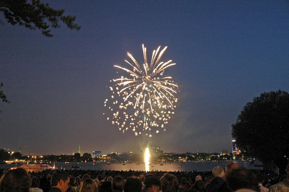 Kirschblütenfest Hamburg - Großes Feuerwerk